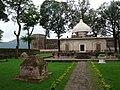 Ramnagar fort and mausoleum.JPG