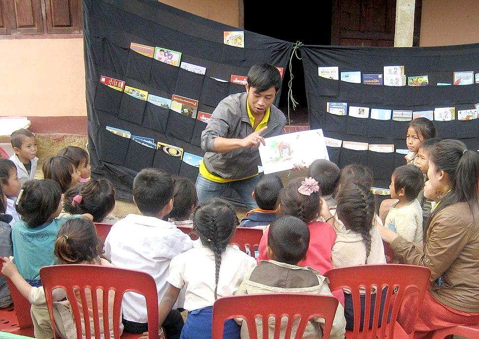 Reading aloud LPB Laos