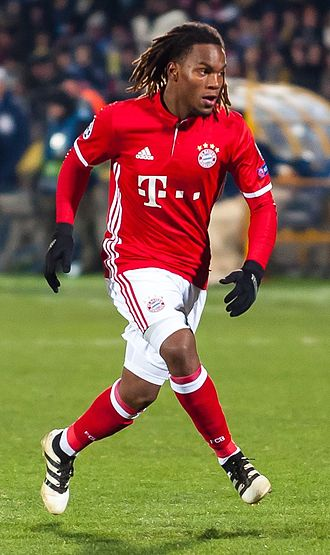 Renato Sanches - Sanches playing for Bayern Munich in 2016