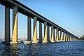 Rio-Niterói Bridge DSC 7410 (16586021942).jpg