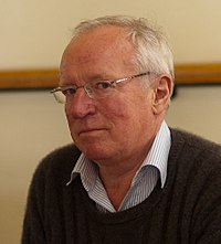 Robert Fisk at Al Jazeera Forum 2010 (cropped).jpg