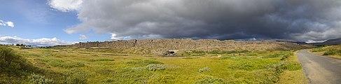 Roca de la Ley, Parque Nacional de Þingvellir, Suðurland, Islandia, 2014-08-16, DD 030-034 PAN.JPG
