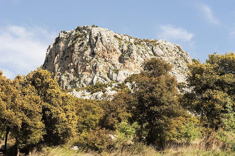 File:Rock in Ptoan Mountains, Boeotia, central Greece.jpg