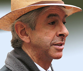Ronald Plasterk - Ronald Plasterk with his trademark hat in 2008