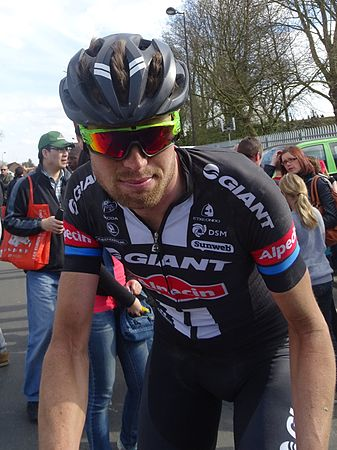 Roubaix - Paris-Roubaix, 12 avril 2015, arrivée (C23).JPG
