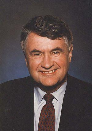 Nova Scotia general election, 1998 - Image: Russell Mac Lellan