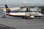 Ryanair, EI-DLY, Boeing 737-8AS (16270948717) (2).jpg