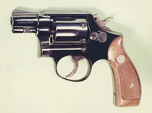 Smith & Wesson Model 10 - Image: S&W M10