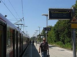 S-Bahnhof Lohhof (Lohhof S-Bahn station) - geo.hlipp.de - 26530.jpg
