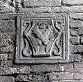 S.miniato, piazza della repubblica, cavalcavia, stemma morelli.JPG