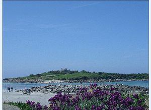 Santec - Île de Sieck seen from Dossen Beach, in Santec