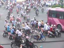 Datei:Saigon traffic.ogv