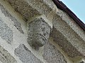 Saint-Chabrais église modillon (2).jpg