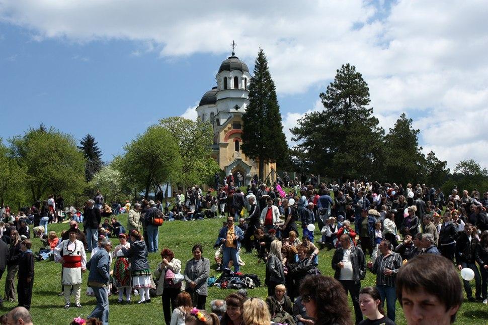 Saint-George-Day-fest-in-Kremikovtsi