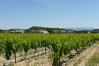 Côtes du Luberon AOC - Image: Saint Martin de la Brasque a