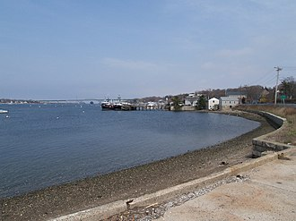 Sakonnet River - View of Sakonnet River looking north from Tiverton