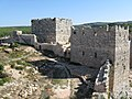Saladin's castle walls - panoramio.jpg