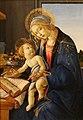 Sandro Botticelli (1445-1510) - Madonna col Bambino (Madonna del libro) (1480-81) tempera su tavola dimensioni altezza 59 cm; larghezza 39.6 cm - Museo Poldi Pezzoli - Milano.jpg