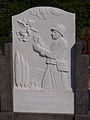 Saulces-Monclin-FR-08-tombe-09.jpg