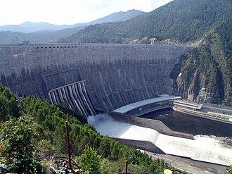 Sayano–Shushenskaya Dam - Image: Sayano–Shushenskaya Dam 1