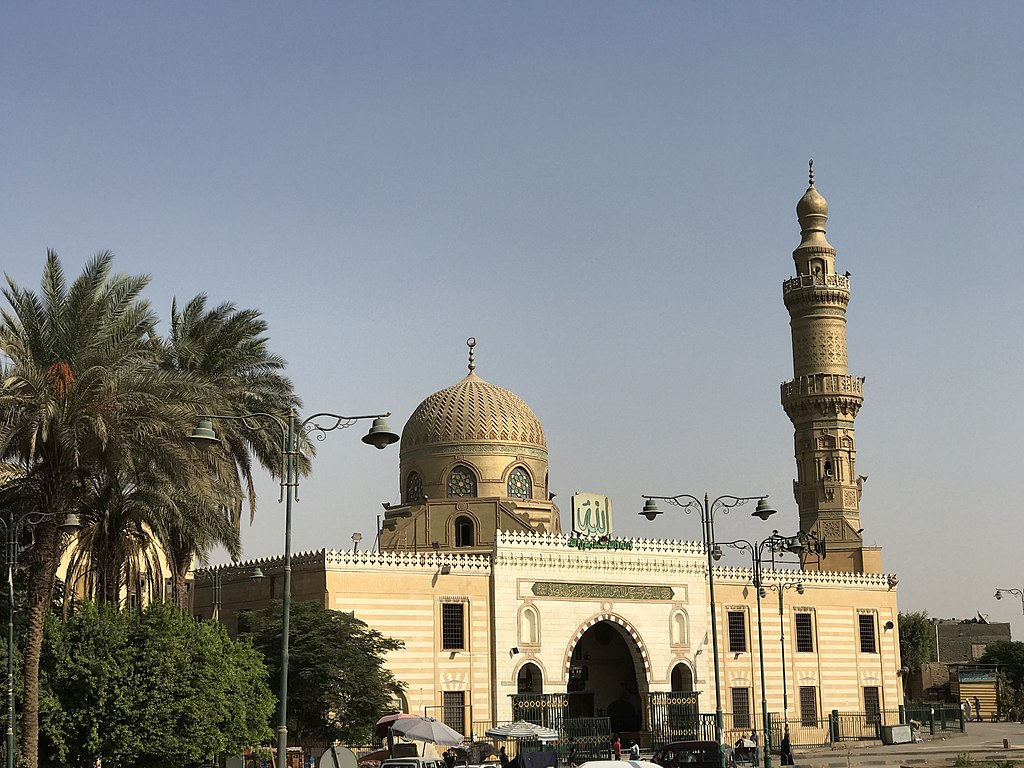 File:Sayidah Nafisah Mosque in Egypt.jpg - Wikimedia Commons