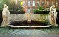 Schicksalsbrunnen Stuttgart 01.jpg