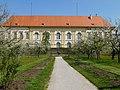 Schloss Dachau Apfelblüte@stadt dachau PT.jpg