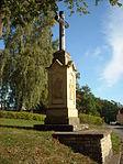 Sebranice(okrSvitavy)-kříž-před-kostelem2015.jpg
