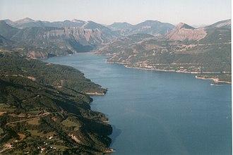 Lac de Serre-Ponçon - Image: Serre poncon warly