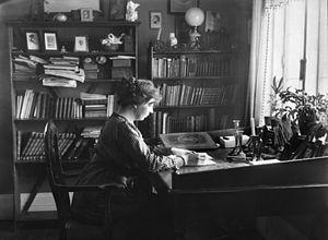 Sigrid Undset - Undset at work at Bjerkebæk