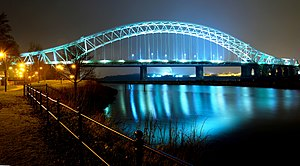 Silver Jubilee Bridge, Runcorn at night (geograph 4431283).jpg