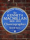 Sir Kenneth MacMillan 1929-1992 Choreographer lived here.jpg