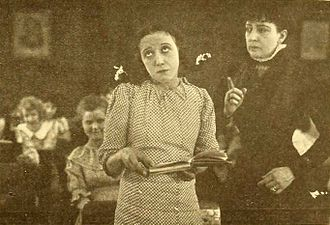 Eugenie Forde - Mabel Normand and Eugenie Forde in Sis Hopkins (1919)