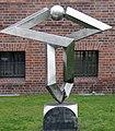 Skulptur Am Köllnischer Park 5 (Mitte) Differenzierte Berührung&Volkmar Haase&1989.jpg