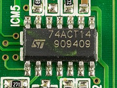 Skymaster DT 500 - STMicroelectronics 74ACT14-91730.jpg