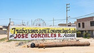 Pimentel District - Image: Slogans in Pimentel District, Chiclayo, Peru