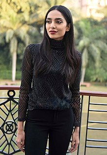 Sobhita Dhulipala at Kaalakaandi press conference.jpg