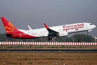 SpiceJet - Image: Spice Jet Boeing 737 900ER Vyas 1