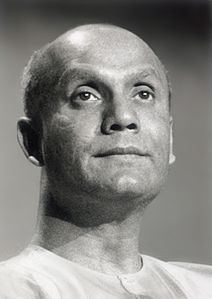 Sri-Chinmoy-meditate-2.jpg