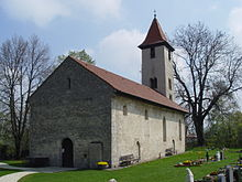 [Bild: 220px-St.-Michaelskirche_%28Albstadt-Burgfelden%29.JPG]