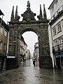 Stadttor von Braga (13984193696).jpg