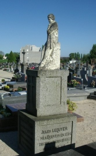 Jules Lequier - A statue of Lequier in Côtes-d'Armor