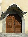 Stift Lilienfeld - Tür an der Front zur Klosterrotte.jpg