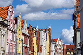 Stralsund - Typical street view of Stralsund: patrician houses with high gables from different eras, including the remarkable Brick Gothic and Renaissance