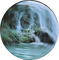 Stroboscopie photographique d'un mouvement circulaire à 0,016s.jpg
