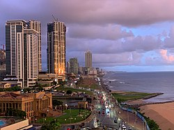 Tramonto dal Kingsbury Hotel, Colombo.jpg