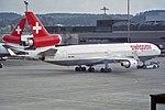"Swissair McDonnell Douglas MD-11 HB-IWK ""Fribourg"" (27301083501).jpg"