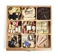 Sytillbehör i bordslåda - Hallwylska museet - 108483.tif
