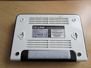 TL-WR1043-ND V1 Open Case 1.jpg