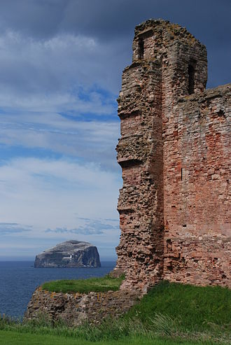 Tantallon Castle - Ruins of the Douglas Tower, with the Bass Rock behind